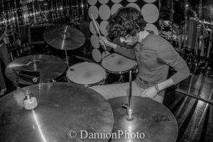 Drummer Under